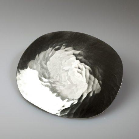 Tennbrosch, oval